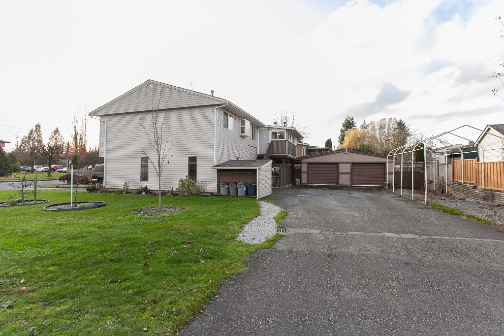 Photo 45: 27303 29 Avenue in Langley: Aldergrove Langley House for sale : MLS® # R2124202