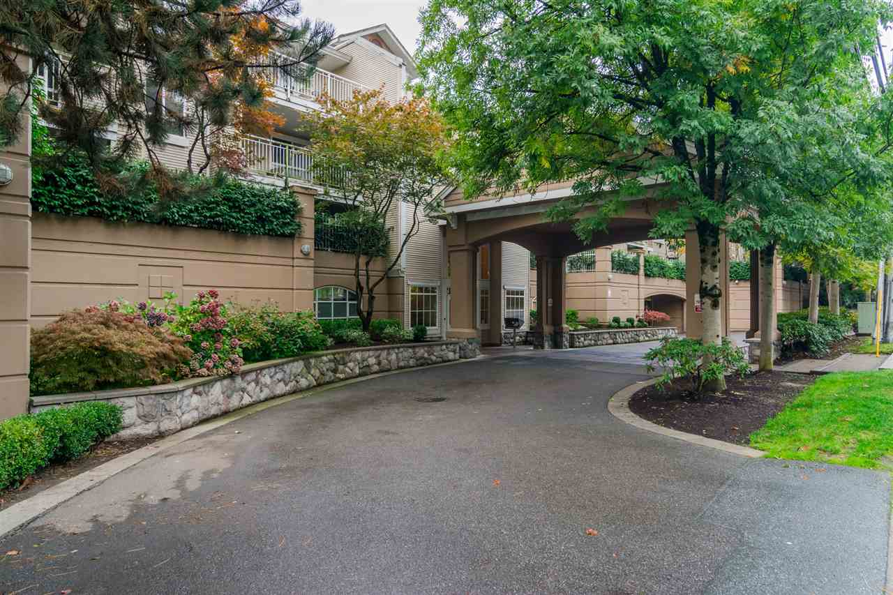"Main Photo: 130 19750 64TH Avenue in Langley: Willoughby Heights Condo for sale in ""DAVENPORT"" : MLS®# R2135370"
