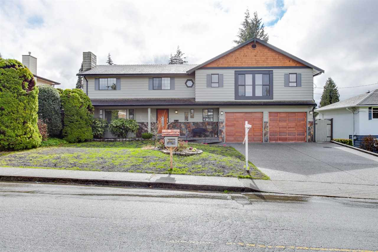 Main Photo: 842 GROVER Avenue in Coquitlam: Coquitlam West House for sale : MLS(r) # R2147802