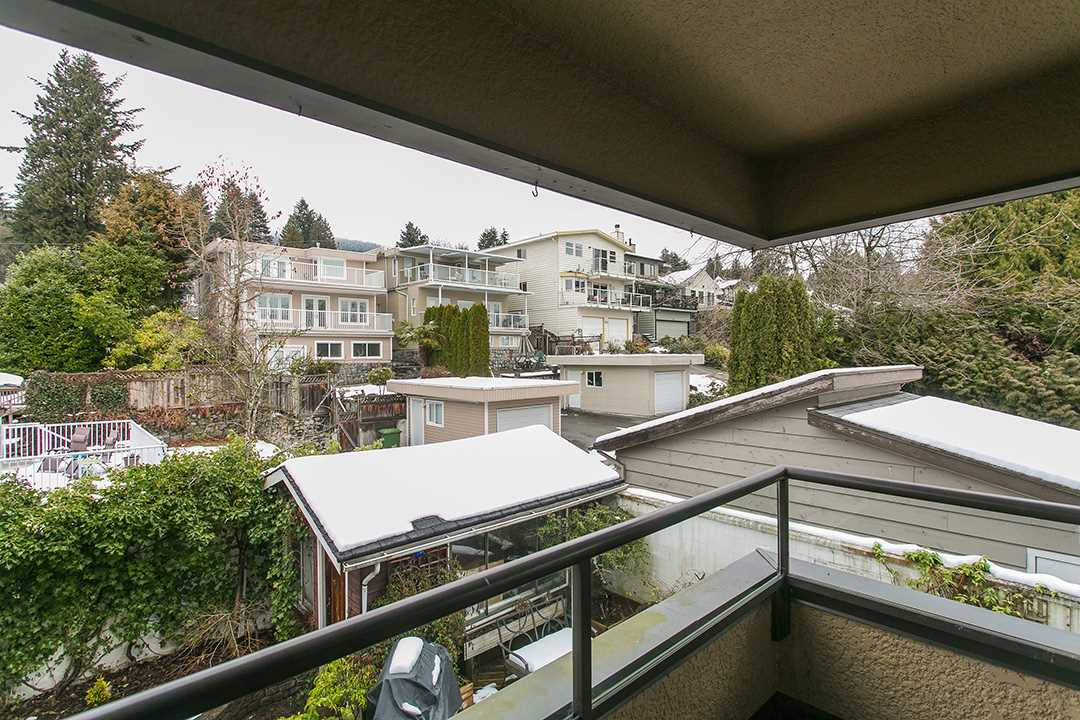 "Main Photo: 404 114 E WINDSOR Road in North Vancouver: Upper Lonsdale Condo for sale in ""The Windsor"" : MLS(r) # R2147997"