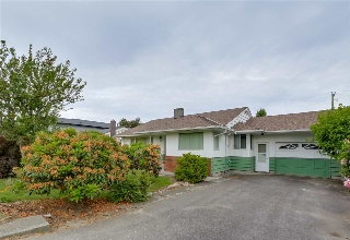Main Photo: 8613 10TH Avenue in Burnaby: The Crest House for sale (Burnaby East)  : MLS(r) # R2148919