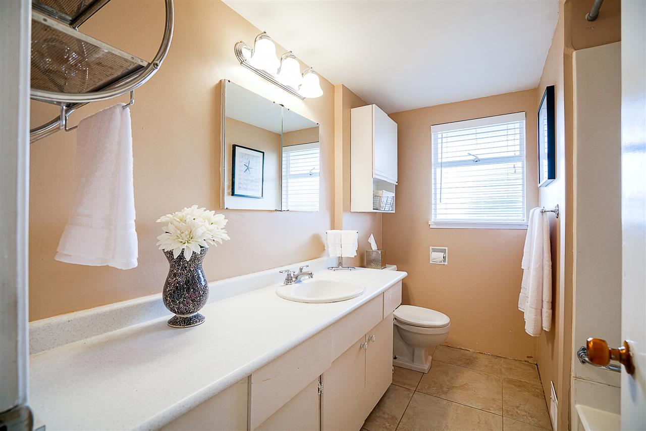 Photo 10: 7495 AUBREY Street in Burnaby: Simon Fraser Univer. House for sale (Burnaby North)  : MLS(r) # R2154261