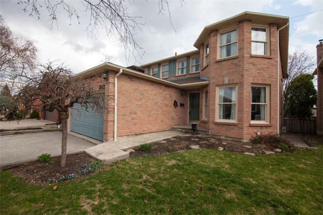 Main Photo: 342 Harrowsmith Drive in Mississauga: Hurontario House (2-Storey) for sale : MLS(r) # W3791356