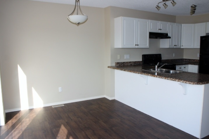 Photo 9: 60 5001 62 Street: Beaumont Townhouse for sale : MLS(r) # E4062851