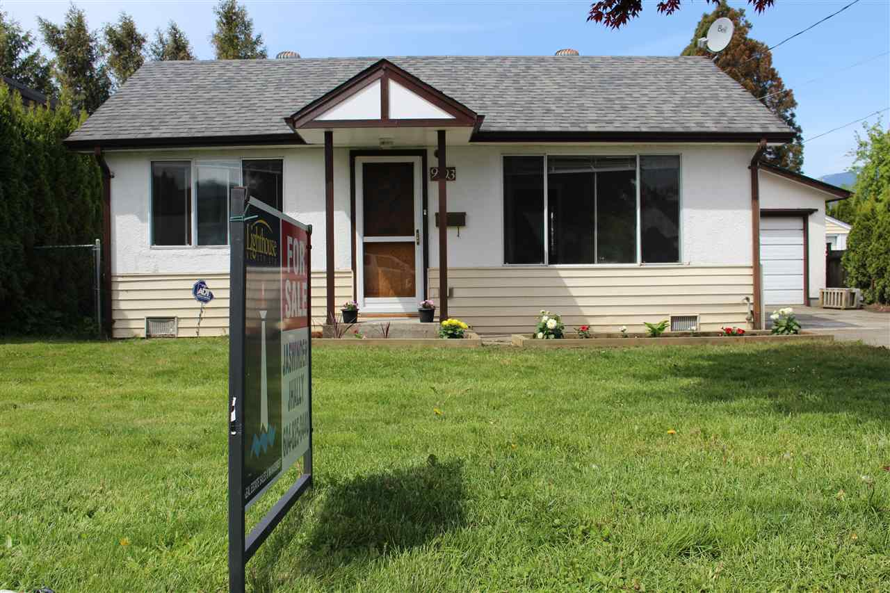 Main Photo: 9703 HARRISON Street in Chilliwack: Chilliwack N Yale-Well House for sale : MLS® # R2164299