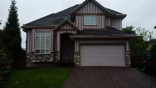 Main Photo: 6477 189 Street in Surrey: Cloverdale BC House for sale (Cloverdale)  : MLS(r) # R2165174