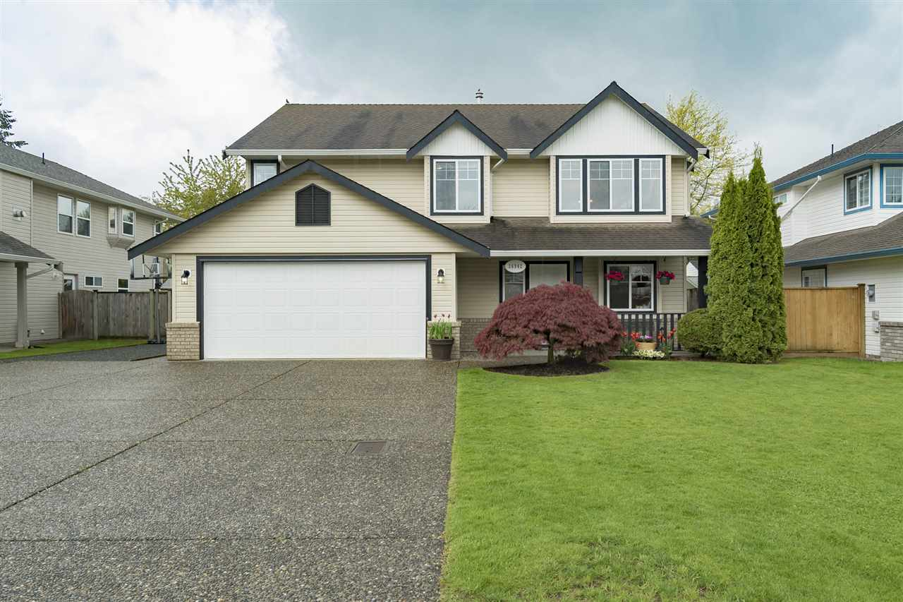 "Main Photo: 26942 24A Avenue in Langley: Aldergrove Langley House for sale in ""South Aldergrove"" : MLS(r) # R2165320"