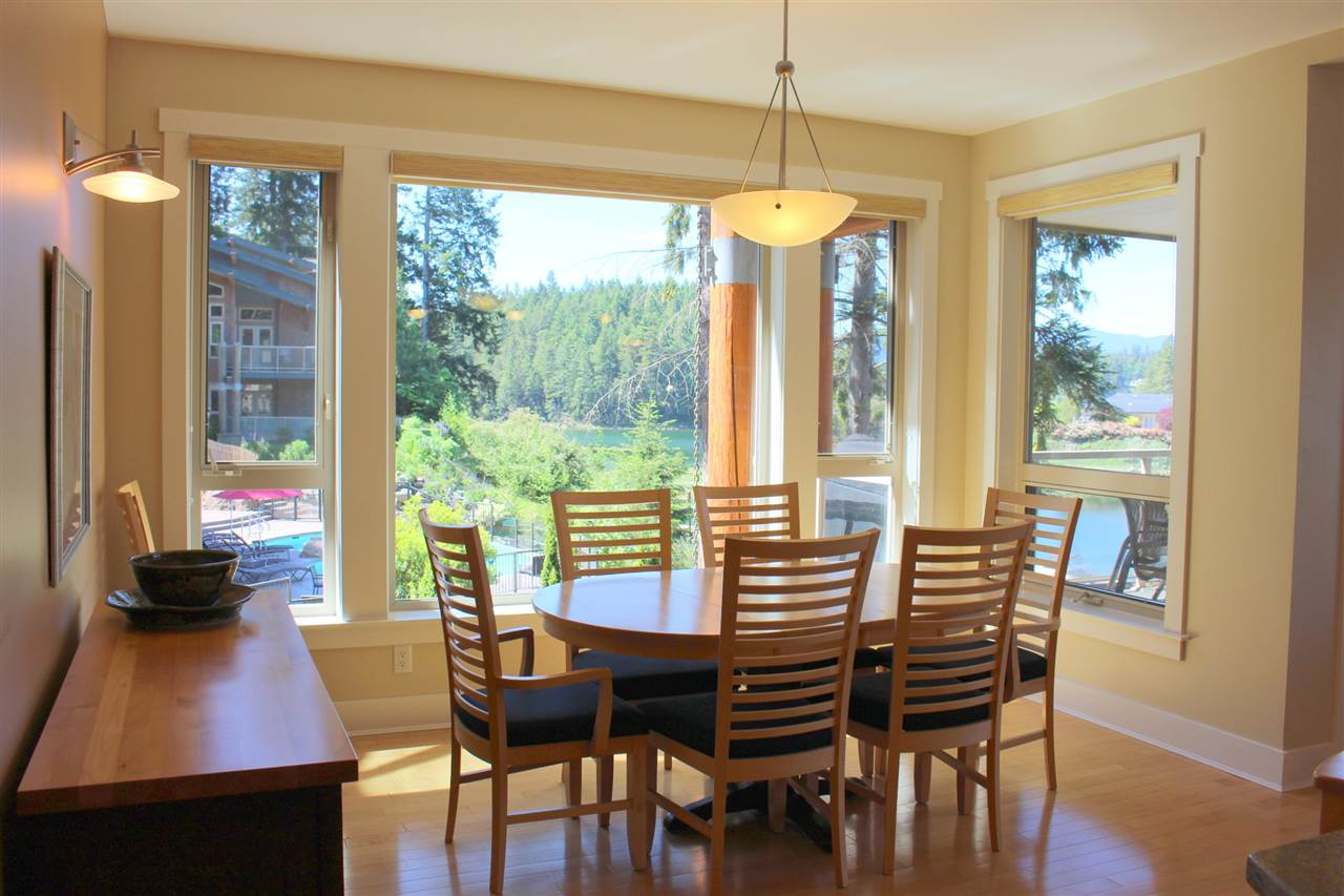 "Photo 5: Photos: 18C 12849 LAGOON Road in Pender Harbour: Pender Harbour Egmont Townhouse for sale in ""PAINTED BOAT RESORT"" (Sunshine Coast)  : MLS® # R2179381"
