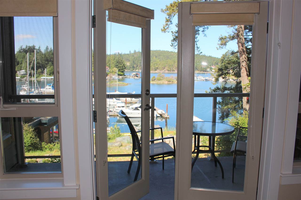 "Photo 12: Photos: 18C 12849 LAGOON Road in Pender Harbour: Pender Harbour Egmont Townhouse for sale in ""PAINTED BOAT RESORT"" (Sunshine Coast)  : MLS® # R2179381"
