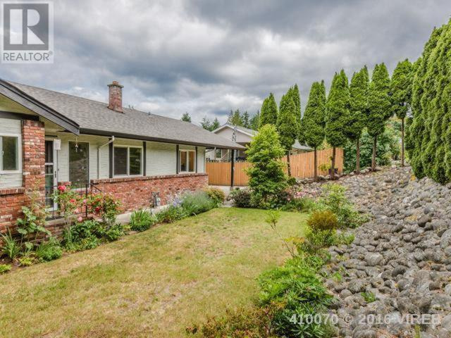 Main Photo: 129 Arbutus Crescent in Ladysmith: House for sale : MLS(r) # 410070