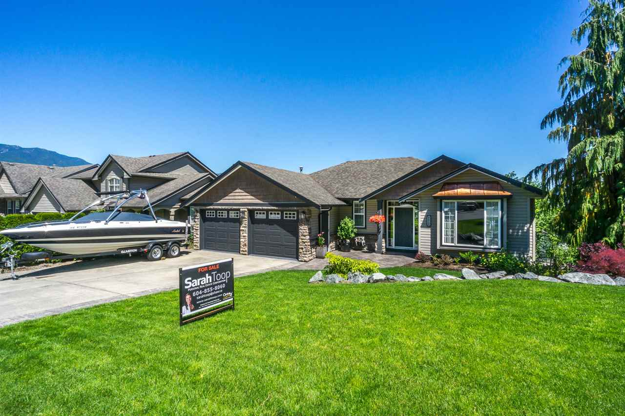 Main Photo: 8812 COPPER RIDGE Drive in Chilliwack: Chilliwack Mountain House for sale : MLS® # R2181617