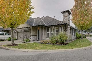 "Main Photo: 13 19452 FRASER Way in Pitt Meadows: South Meadows Townhouse for sale in ""SHORELINE"" : MLS® # R2216230"