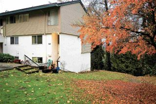 "Main Photo: 1956 HIGHVIEW Place in Port Moody: College Park PM Townhouse for sale in ""Highview Place"" : MLS® # R2223752"