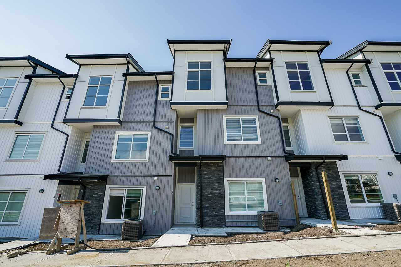 Main Photo: 26 5867 129 Street in Surrey: Panorama Ridge Townhouse for sale : MLS®# R2228487