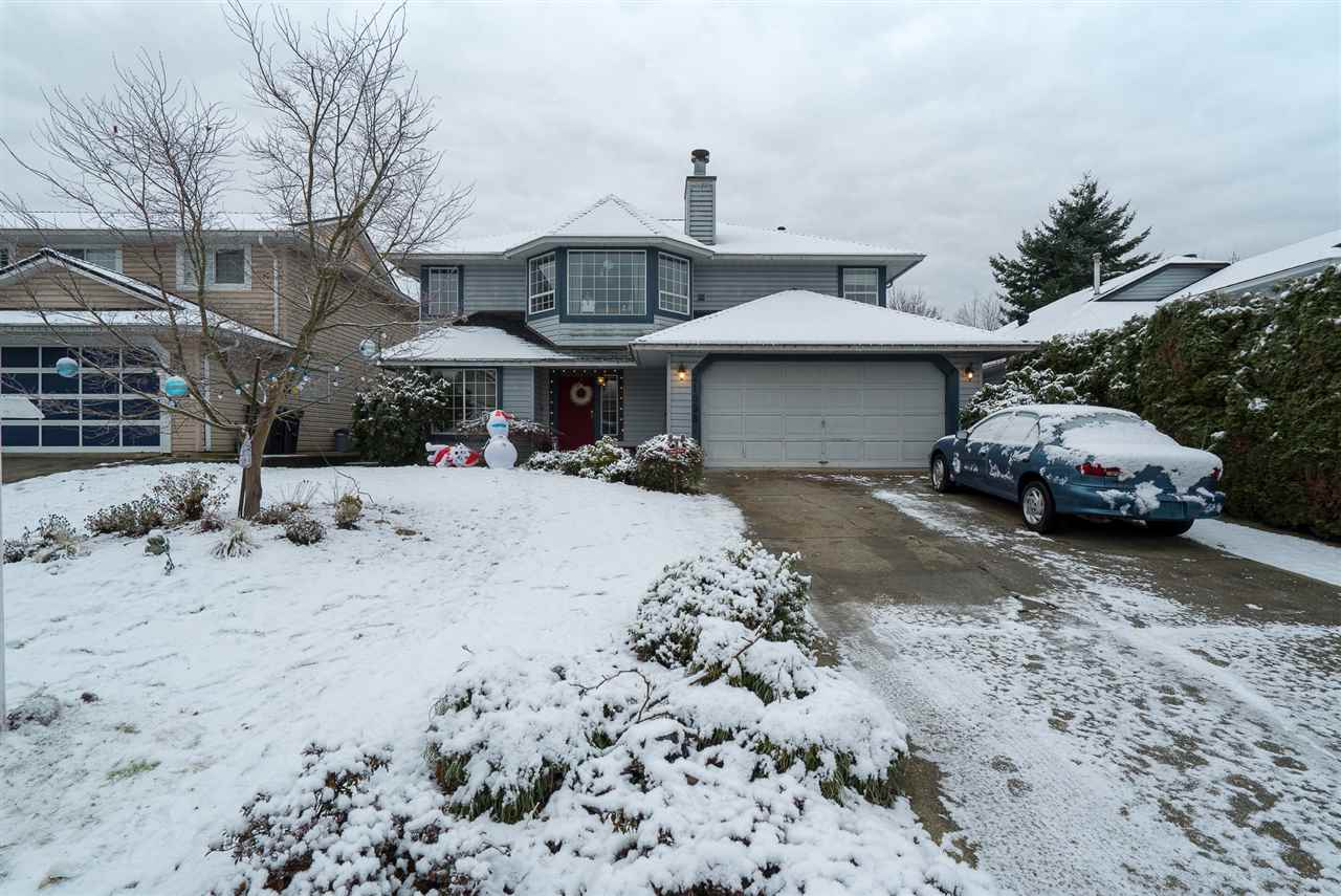 Photo 17: Photos: 21098 92B Avenue in Langley: Walnut Grove House for sale : MLS® # R2228893