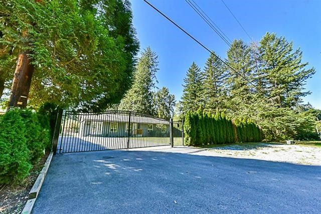 "Main Photo: 23444 DOGWOOD Avenue in Maple Ridge: East Central House for sale in ""Dogwood Estates"" : MLS® # R2231077"