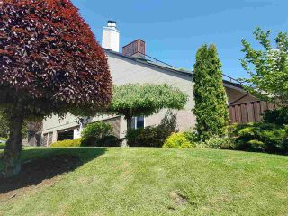 Main Photo: 305 11724 225 Street in Maple Ridge: East Central Townhouse for sale : MLS®# R2267912