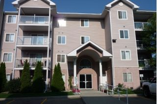 Main Photo: 5106 49 Avenue: Leduc Condo for sale : MLS®# E4123174