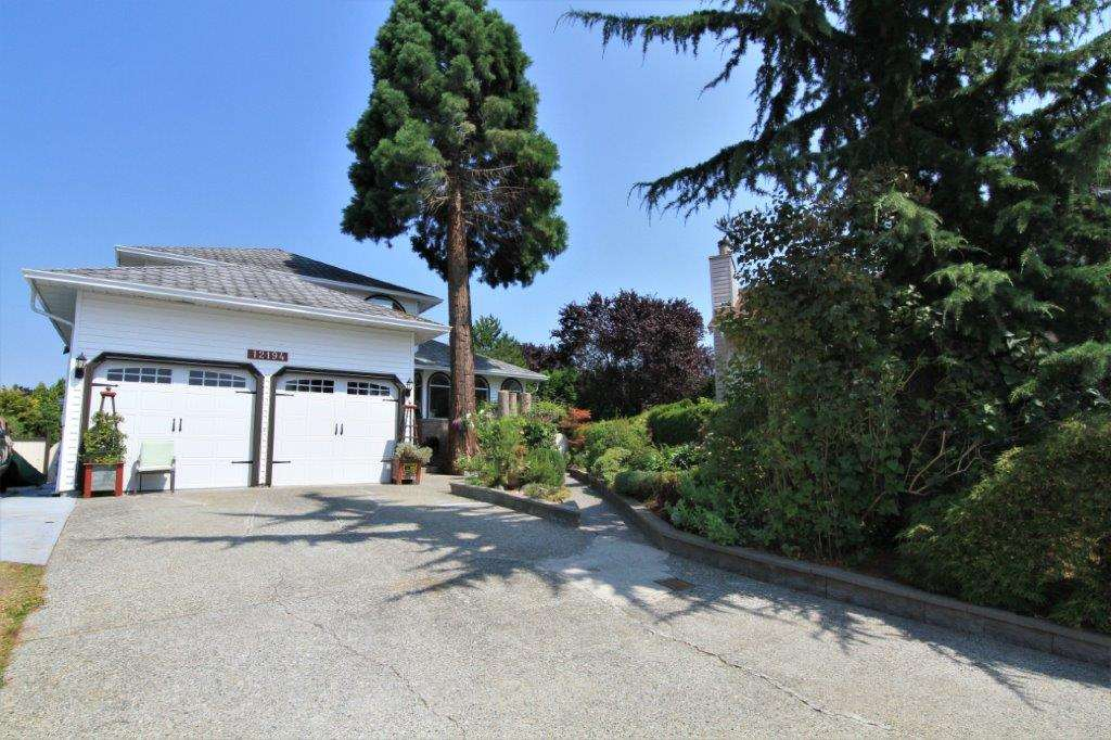 FEATURED LISTING: 12194 LINDSAY Place Maple Ridge