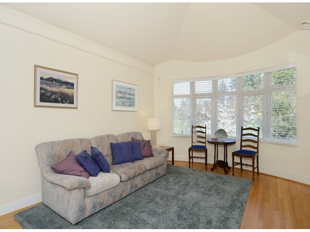 "Photo 3: 302 3088 W 41ST Avenue in Vancouver: Kerrisdale Condo for sale in ""THE LANESBOROUGH"" (Vancouver West)  : MLS(r) # V1056854"