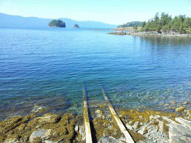 Photo 6: Photos: 12177 SUNSHINE COAST Highway in Pender Harbour: Pender Harbour Egmont House for sale (Sunshine Coast)  : MLS® # V1117958