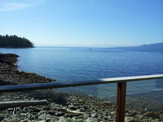 Photo 2: Photos: 12177 SUNSHINE COAST Highway in Pender Harbour: Pender Harbour Egmont House for sale (Sunshine Coast)  : MLS® # V1117958