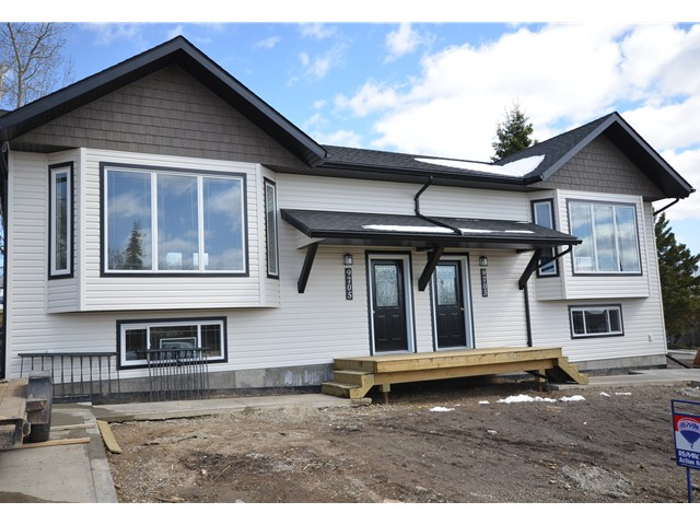 Main Photo: 9705 94TH Street in Fort St. John: Fort St. John - City SE House 1/2 Duplex for sale (Fort St. John (Zone 60))  : MLS(r) # N244732