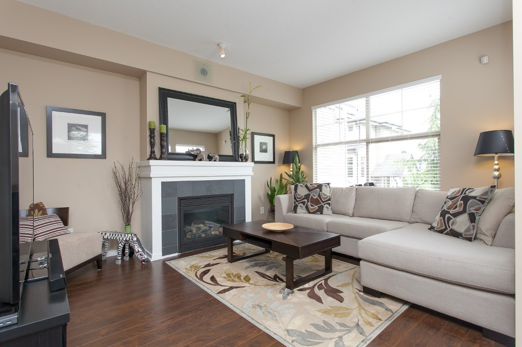"Photo 4: 92 15152 62A Avenue in Surrey: Sullivan Station Townhouse for sale in ""Uplands at Panorama Place"" : MLS® # R2072531"