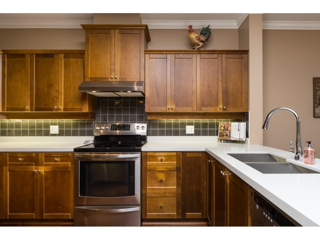"Photo 6: 31 15450 ROSEMARY HEIGHTS Crescent in Surrey: Morgan Creek Townhouse for sale in ""THE CARRINGTON"" (South Surrey White Rock)  : MLS(r) # R2133109"