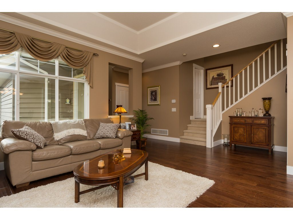 "Photo 4: 31 15450 ROSEMARY HEIGHTS Crescent in Surrey: Morgan Creek Townhouse for sale in ""THE CARRINGTON"" (South Surrey White Rock)  : MLS(r) # R2133109"