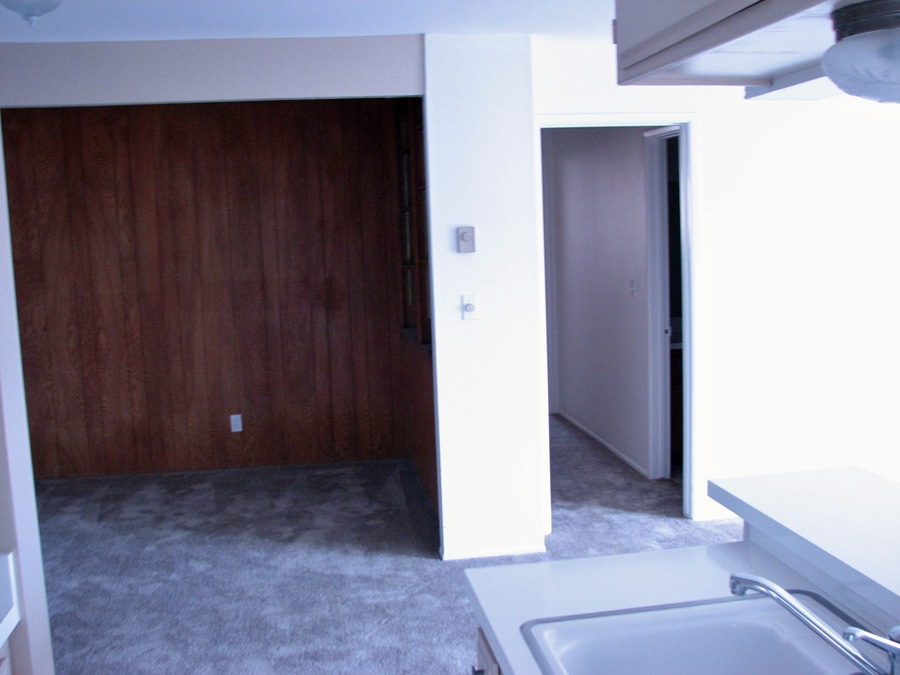 Photo 3: PACIFIC BEACH Apartment for rent : 2 bedrooms : 962 Loring Street #1A in San Diego