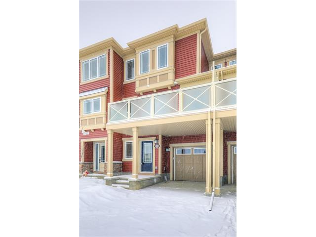 Photo 2: 151 WINDFORD Crescent SW: Airdrie House for sale : MLS® # C4097236