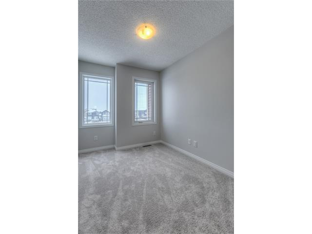 Photo 17: 151 WINDFORD Crescent SW: Airdrie House for sale : MLS® # C4097236