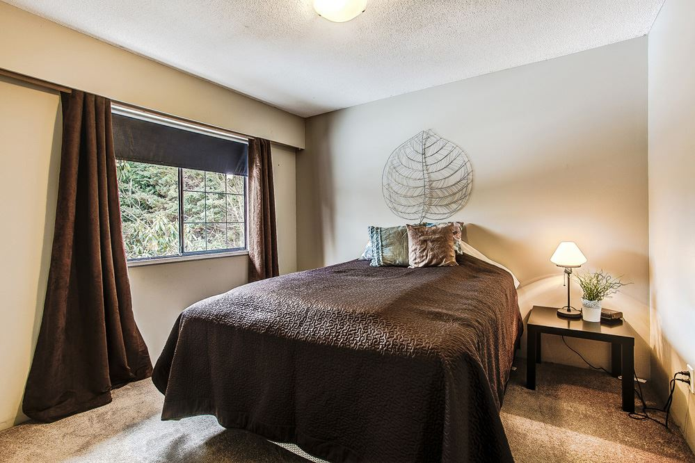 Photo 12: 3271 NORFOLK Street in Port Coquitlam: Lincoln Park PQ House for sale : MLS(r) # R2139122