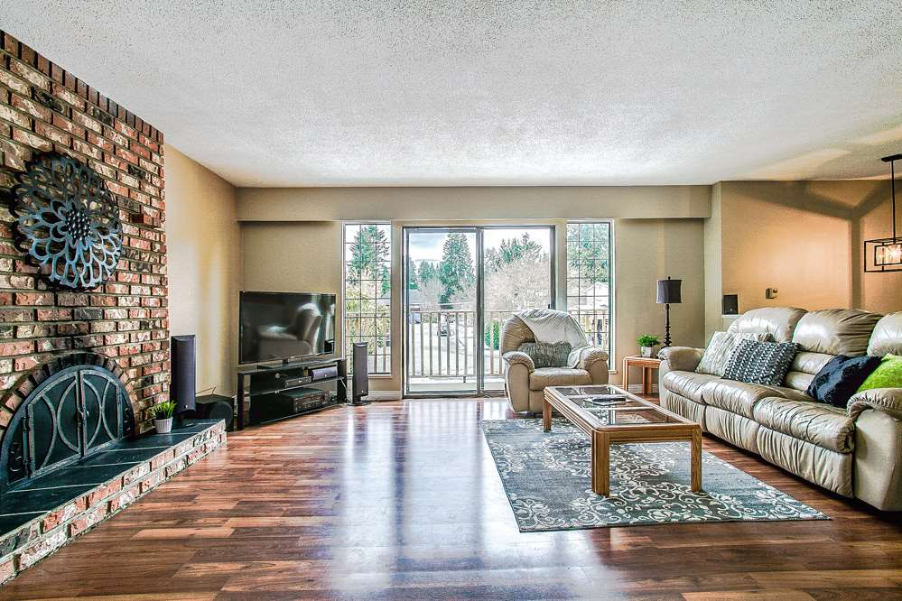 Photo 5: 3271 NORFOLK Street in Port Coquitlam: Lincoln Park PQ House for sale : MLS® # R2139122