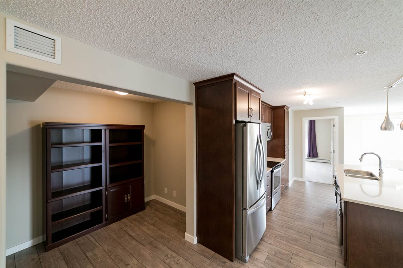 Photo 3: 322 4008 Savaryn Drive in Edmonton: Zone 53 Condo for sale : MLS® # E4057076