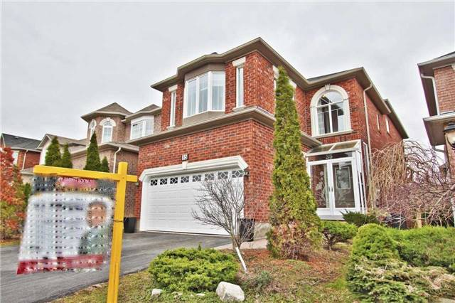 Main Photo: 35 Martini Drive in Richmond Hill: Rouge Woods House (2-Storey) for sale : MLS® # N3764265
