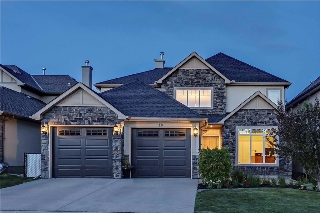 Main Photo: 10 DISCOVERY RIDGE Heights SW in Calgary: Discovery Ridge House for sale : MLS(r) # C4121484