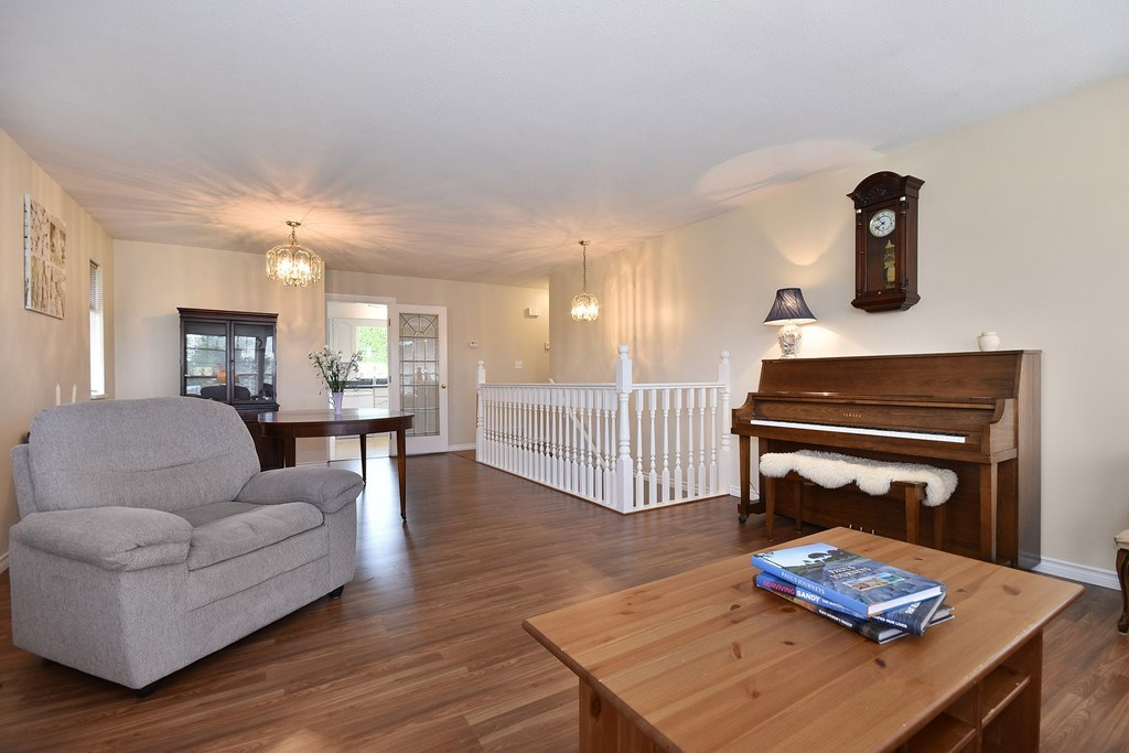 Photo 3: 34623 SANDON Drive in Abbotsford: Abbotsford East House for sale : MLS(r) # R2176846