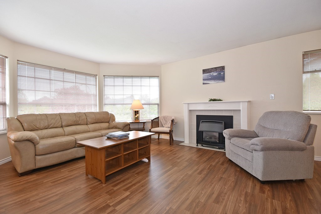 Photo 2: 34623 SANDON Drive in Abbotsford: Abbotsford East House for sale : MLS® # R2176846