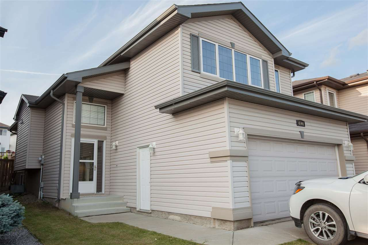 Main Photo: 4104 157 Avenue in Edmonton: Zone 03 House for sale : MLS(r) # E4072606