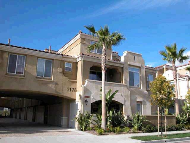 Main Photo: POINT LOMA Townhome for sale : 3 bedrooms : 2178 Historic Decatur rd #33 in San Diego