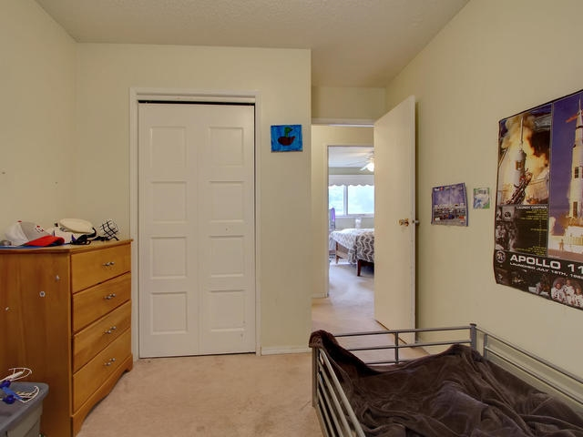 Photo 14: 1042 82 Street in Edmonton: Zone 29 House for sale : MLS® # E4076942