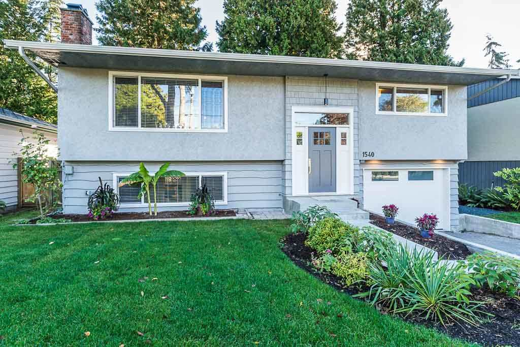 Main Photo: 1540 STEVENS Street: White Rock House for sale (South Surrey White Rock)  : MLS® # R2196854