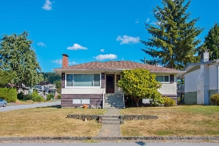 Main Photo: 830 EVERETT Crescent in Burnaby: Sperling-Duthie House for sale (Burnaby North)  : MLS® # R2202040