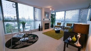 "Main Photo: 603 6622 SOUTHOAKS Crescent in Burnaby: Highgate Condo for sale in ""Gibraltar"" (Burnaby South)  : MLS® # R2207500"