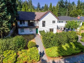 Main Photo: 324 E 24TH Street in North Vancouver: Central Lonsdale House for sale : MLS® # R2211581