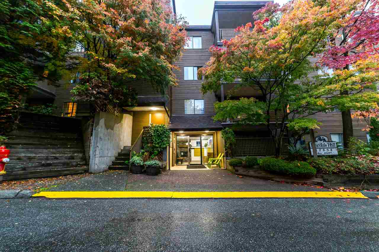 "Main Photo: 101 10698 151A Street in Surrey: Guildford Condo for sale in ""Lincoln's Hill"" (North Surrey)  : MLS® # R2217041"