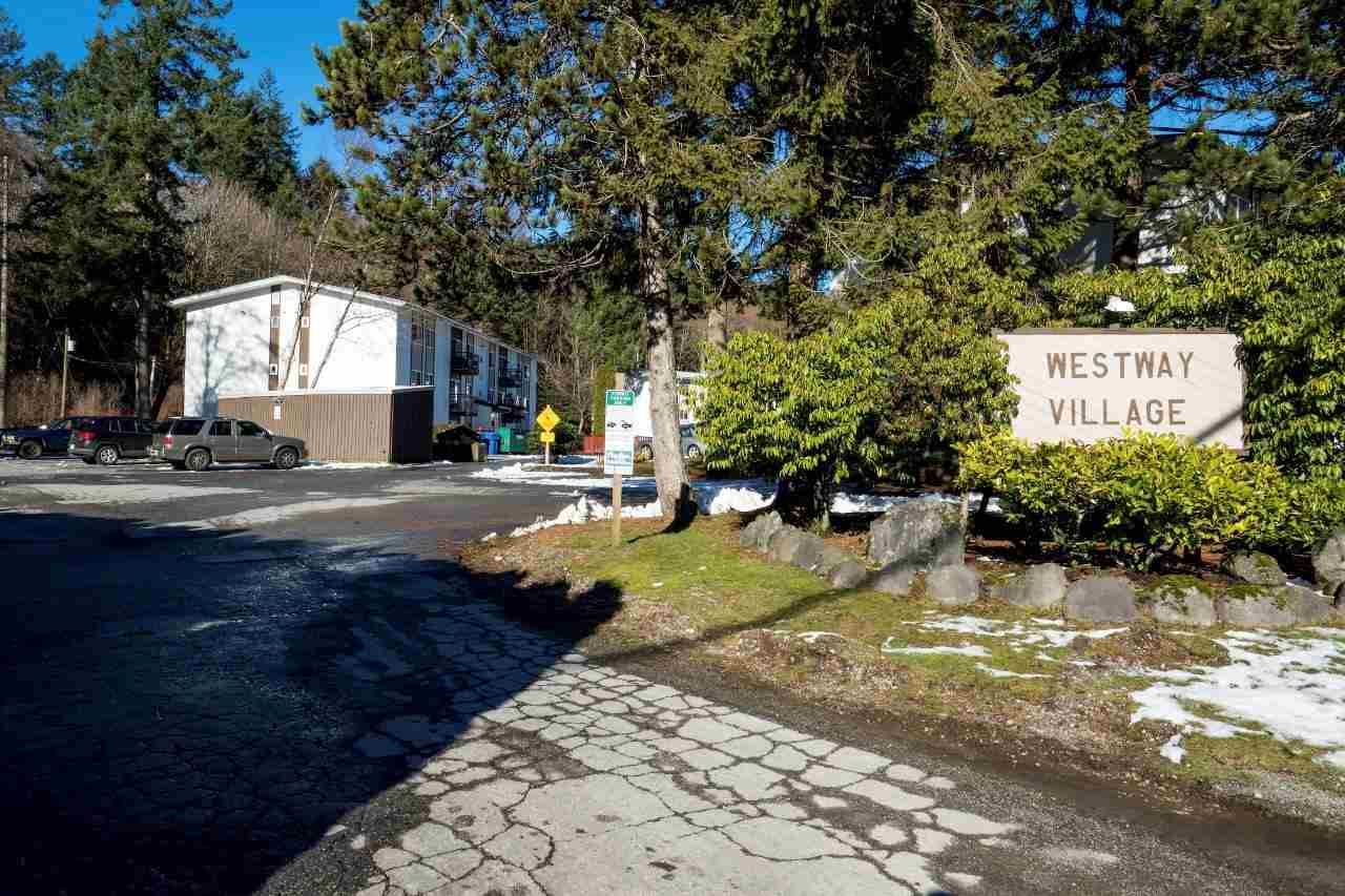 "Main Photo: 93 38179 WESTWAY Avenue in Squamish: Valleycliffe Condo for sale in ""Westway Village"" : MLS®# R2238903"