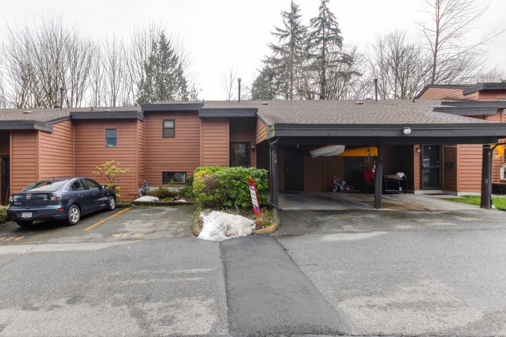 "Main Photo: 412 CAMBRIDGE Way in Port Moody: College Park PM Townhouse for sale in ""Easthill"" : MLS®# R2244279"